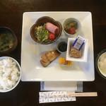 星野温泉 池の山荘 - 朝食は こんなんやけん       右のは ざる豆腐やけん