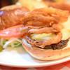 I-Kousya - 料理写真:◆ブルーチーズバーガー@税込1,620円。厳密には、「with オニオンリング」ですね。