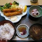 富味寿司 - 料理写真:エビフライ定食¥750