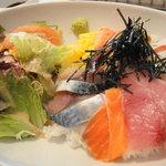 レストラン ポニイ - 日本海式海鮮どんぶり(お吸い物付)  1,200yen