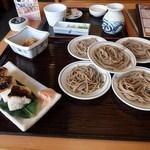 皿そば文楽 - 料理写真:皿そばと焼き鯖寿司のセット