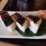 皿そば文楽 - 焼き鯖寿司