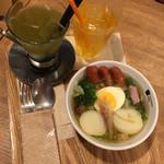 ベリーベリースープ - 茸とソーセージの5種野菜ポトフ