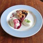 Cafe&Deli COOK - スイーツセット 850円 のベリーベリーチーズケーキのデザートプレートスイーツセット 850円 のベリーベリーチーズケーキのデザートプレート