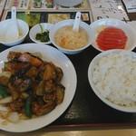金虎苑 - Bランチ 豚肉と揚げナスの醤油炒め