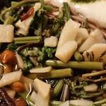 飯島屋 - 山菜もたっぷり♪