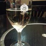 立川 すえひろ - グラスワイン300円 間違われて白
