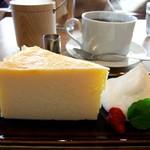 カフェ オブスキュラ - チーズケーキ♡
