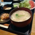 63523742 - 味噌汁・とろろ・自家製さつま揚げ・サラダ・豆腐・漬物