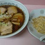 中華そば ターキー - チャーシュー麺800円+半炒飯350円