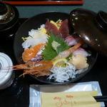 63527601 - 海鮮丼