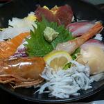 63527610 - 海鮮丼