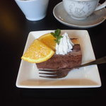 スリービーンズコーヒー - 料理写真:01 フローズンショコラケーキ