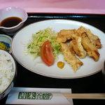 善米食堂 - とり天定食