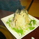 焼肉・ホルモン 一升びん - シャキシャキサラダ 大根と水菜