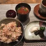 ホテル ラ・スイート神戸ハーバーランド - ガーリックライス