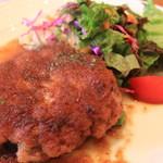 ペロリ - 料理写真:ハンバーグ