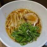 らーめん子うさぎ - 醤油らー麺750円