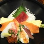 かなざわ舞紋屋 - 海鮮人気丼