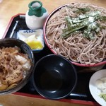 丸屋 そば屋 - ざるそばミニ牛丼セット (690円)