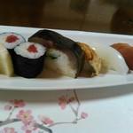 魚よし別荘 - お寿司