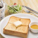 パセラ珈琲店 - 厚切りトースト