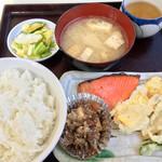 ひら川 - 定食(半ライス)¥360