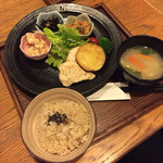 63547375 - 健康定食/980円