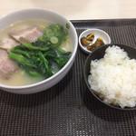 63547973 - チャーシュー麺定食全容
