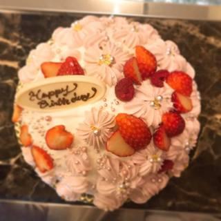◆バースデーケーキのご予約も承ります。特注の案内も♪