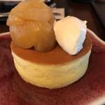 63552633 - 長産リンゴのコンポート・プレーンパンケーキ
