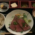ふく蔵 - ローストビーフ膳