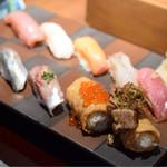 寿司居酒屋 あげまき - あげまき膳@税込1,240円:お寿司たち全景。ボリューム満点。総じて満足です。