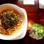 アウェーコ - パスタ きのこの和風スープ仕立て