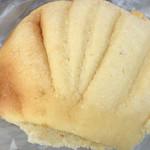 ニッシンベーカリー - 昔ながらのメロンパン☆★★☆ただ懐かしいメロン味は来ず