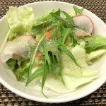 バティチ - バティチランチ 1300円 のサラダ