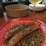 フィリペペ - 自家製ソーセージのサルシッチャ レンズ豆添え。咀嚼感たっぷりのニクニクしいサルシッチャです。