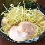 横浜家系ラーメン 町田商店 - ネギラーメン
