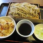 そば処 中津川 - 料理写真:メニューには無い「もり \650」