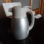蕎麦処 しゅう - ドリンク写真:そば茶のポット