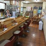 橋本食堂 - 橋本食堂(高知県須崎市横町)店内・カウンター席