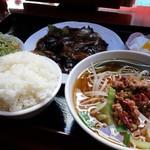 餃子王 - 料理写真:日替りランチ