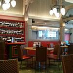 中国茶房8 - 店内の様子。
