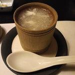 廣東料理 翠雲苑 - 蟹肉入り中華スープ