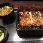 郷どり燦鶏 - 鶏照焼き重 ¥810