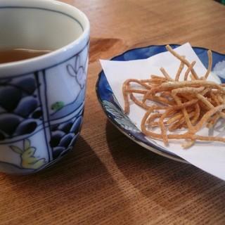 手打そば 乃田 - 料理写真:揚げた蕎麦