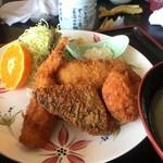 磯亭 - 魚のフライ定食