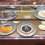 万平ホテル カフェテラス - ショーケース