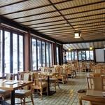 万平ホテル カフェテラス - 店内