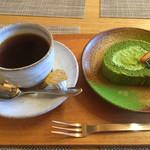 田舎家 - ろーるケーキセット 750円→500円